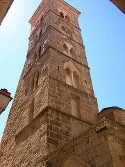 Eglise Sainte-Marie - Italiano: Torre campanaria romanica della chiesa pisana di Santa Maria Maggiore a Bonifacio, Corsica. Sec. XII.