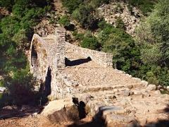 Pont génois de Pianella -  Ota (Corsica) - Pont génois de Pianella sur la rivière Porto