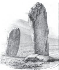 Deux menhirs du Rizzanèse - French writer, historian, archaeologist and translator