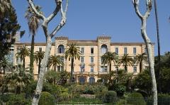 Grand Hôtel - Français:   Grand Hôtel Continental d\'Ajaccio