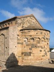 Eglise de la Sainte-Trinité - Français:    Aregno France (Haute-Corse), l'église de  la  Sainte-Trinité (XIIe siècle).