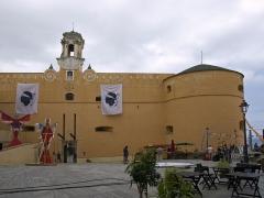 Citadelle et palais du Gouverneur, partiellement aménagé en Musée d'Ethnographie - English: Palais du Gouverneur de Bastia