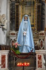 Eglise Saint-Jean-Baptiste -  Calvi, Balagne (Corse) - Statue de procession (statue-mannequin) Vierge à l'Enfant dite Vierge du Rosaire dans la cathédrale Saint-Jean-Baptiste
