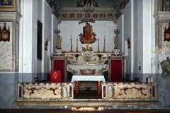 Eglise paroissiale -  Cateri, Balagne (Corse) - Clôture de chœur et autel de l'église de l´Assomption, œuvres classées