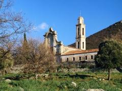 Ancien couvent de Tuani -  Costa, Balagne (Haute-Corse) - L'ancien couvent de Tuani, édifié en 1494 par les franciscains, donné aux récollets en 1639. À la fin du XVIIIe siècle, l'édifice était en ruine. Au XIXe siècle, l'église est agrandie par les capucins.