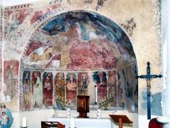 Chapelle Santa-Maria-Assunta -  Fresques à l'intérieur du cul de four de l'abside de la chapelle romane Santa Maria Assunta, du Xe siècle. Les fresques, datées de la fin du XVe siècle, sont classées Monuments historiques.