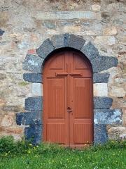 Chapelle San-Cervone - Français:   Lavatoggio, Balagne (Corse) - Porte de la chapelle San Cervone (MH) avec au-dessus, la mention gravée \