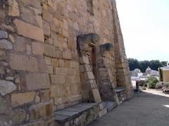 Chapelle Saint-Pierre-Saint-Paul - Corsu:   Lumiu (Corsica) - Ornamentu annantu à di a porta principale di a cappella San Pietro è San Paolo
