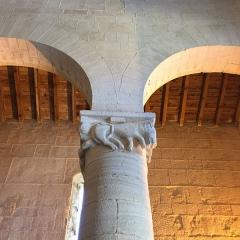 Eglise Sainte-Marie (ancienne cathédrale de Nebbio) -  Chapiteau de la Cathédrale de Nebbio à Saint-Florent (Haute-Corse)