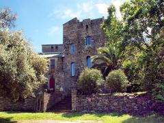 Ancien couvent Sainte-Catherine -  Sisco, Cap Corse - L'ancien couvent Santa Catalina d'Augustins puis de Servites de Marie, du XVIe, remanié au fil des siècles. Inscrit au titre des Monuments historiques.