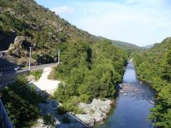 Viaduc sur le Vecchio ou pont Eiffel (également sur commune de Vivario) -  Corsica - Barchetta-Ponte Novu train - Golo river