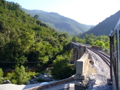 Viaduc sur le Vecchio ou pont Eiffel (également sur commune de Vivario) -  Corsica - Barchetta-Ponte Novu train