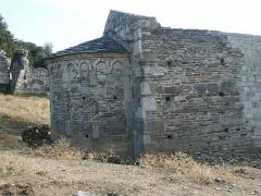 Site archéologique et substructions d'un sanctuaire primitif -  santa maria riscamone à valle di rustinu, corsica