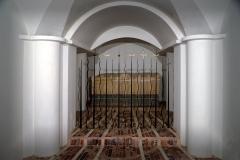 Eglise Sainte-Restitude -  Calenzana, Balagne (Corse - Sarcophage (IVe siècle) dans la crypte de l'église Sainte-Restitude