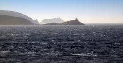 Tour de Santa-Maria-della-Chiappella -  Rogliano (Corsica) - 3 Tours génoises du Nord-est Cap Corse (Îles Finocchiarola, Agnello et Île de la Giraglia).