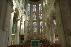 Eglise Saint-Nicolas - Deutsch: Kirche Saint-Nicolas in Beaumont-le-Roger im Département Eure (Frankreich)