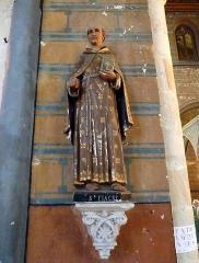 Eglise Notre-Dame-de-la-Couture - English: Statue of Saint Fiacre in the church Notre-Dame de la Couture in Bernay (Eure, France). His shovel is missing.