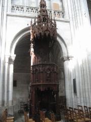 Ancienne abbaye Saint-Taurin - Chaire dans l'église Saint-Taurin, à Évreux, France
