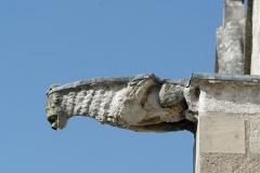 Eglise - Français:   Gargouille sur la façade sud de l\'église Saint-Pierre à Fourges, dans le département de l\'Eure, en région Normandie.
