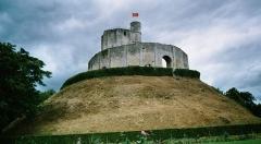Restes du château -  Donjon du château de Gisors, Normandie, France