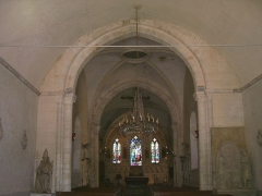 Eglise - English: Interior of the church Saint-Pierre in Menneval (Eure, France).