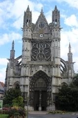 Eglise Notre-Dame, actuellement collégiale - Español: Vernon. Notre-Dame. Fachada principal.