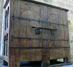 Ancienne abbaye Saint-Etienne - Abbaye d'Aubazine - L'armoire liturgique la plus ancienne de France