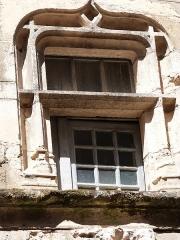 Maison Bosselut - Français:   Croisée à traverse de la maison Bosselut (Beaulieu-sur-Dordogne)