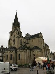 Eglise Saint-Martin - English: Apse of the collégiale de Saint-Martin de Brive (Corrèze, France