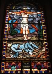 Eglise Saint-Martin - Français:   Vitrail dans l\'église de Donzenac en hommage aux soldats morts pendant la 1ère guerre mondiale.