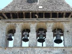 Eglise Saint-Cyr-Sainte-Julitte - Français:   Les cloches de l\'église Saint-Cyr-Sainte-Julitte, Saint-Cirgues-la-Loutre, Corrèze, France.