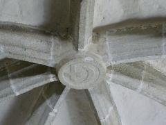Eglise Saint-Cyr-Sainte-Julitte - Français:   Clé de voute dans l\'église Saint-Cyr-Sainte-Julitte, Saint-Cirgues-la-Loutre, Corrèze, France.