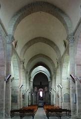 Eglise Saint-Barthélémy - Français:   Bénévent-l\'Abbaye - Église Saint-Barthélémy - Nef vue de l\'entrée