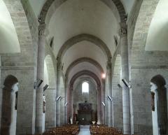 Eglise Saint-Barthélémy - Français:   Bénévent-l\'Abbaye - Église Saint-Barthélémy -Nef vue du sanctuaire