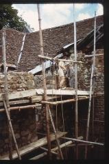 Restes du château - English: Château de magnat - Le chantier en 1970 - 2