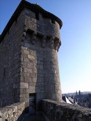 Porte de ville dite Porte Saint-Jean (avec la courtine adjacente) -  Tour de la Porte Saint Jean à La Souterraine, Creuse, France.