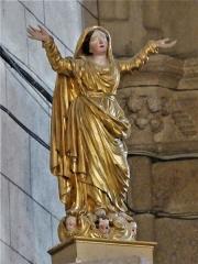 Eglise Saint-Martin - Français:   Statue dans l\'église de Vallière, Creuse, France.