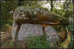 Dolmen de La Borderie - Français:   Dolmen de la Betoulle (no2), La Pierre Levée (Inscrit, 1982)