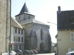 Eglise Saint-Saturnin -  Coussac-Bonneval Place Eglise 031