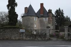 Château - Deutsch: Château d'Eyjeaux in Eyjeauxim Département Haute-Vienne (Nouvelle-Aquitaine/Frankreich)