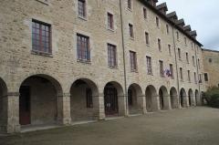 Ancien couvent des Ursulines ou ancien collège - Deutsch: Ehemaliges Ursulinenkloster, heute Rathaus, in Eymoutiers im Département Haute-Vienne (Nouvelle-Aquitaine/Frankreich)