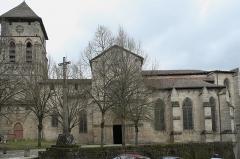 Eglise Saint-Etienne - Deutsch: Stiftskirche Saint-Étienne in Eymoutiers im Département Haute-Vienne (Nouvelle-Aquitaine/Frankreich)
