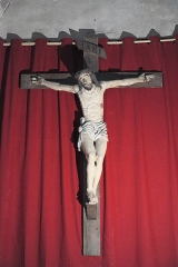 Eglise Saint-Etienne - Deutsch: Stiftskirche Saint-Étienne in Eymoutiers im Département Haute-Vienne (Nouvelle-Aquitaine/Frankreich), Christus am Kreuz.