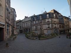 Fontaine des Barres -  La fontaine des Barres à Limoges / Limoges - Haute-Vienne - France