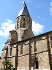 Eglise Saint-Julien - Français:   Rochechouart - Eglise Saint-Sauveur
