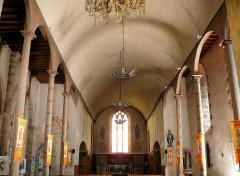 Eglise Saint-Julien - Français:   Rochechouart - Eglise Saint-Sauveur - Nef