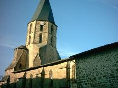 Eglise Saint-Julien -  église saint Sauveur à Rochechouart (Haute-Vienne, France).