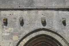 Eglise Saint-Gentien - Deutsch: Katholische Kirche Saint-Gentien in Saint-Gence im Département Haute-Vienne (Nouvelle-Aquitaine/Frankreich), Kragsteine