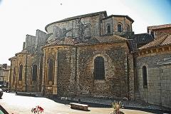 Église collégiale Saint-Léonard - Deutsch: Stiftskirche St.-Léonard-de-Noblat, von N, Chorhaupt u. Querhausarm