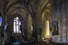 Eglise Saint-Victurnien - Deutsch: Katholische Pfarrkirche Saint-Victurnien in Saint-Victurnien im Département Haute-Vienne (Nouvelle-Aquitaine/Frankreich), Innenraum